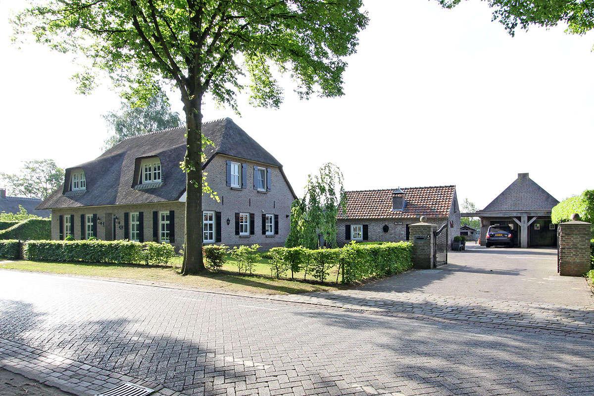 Spurkstraat 48, Villa Den Dungen