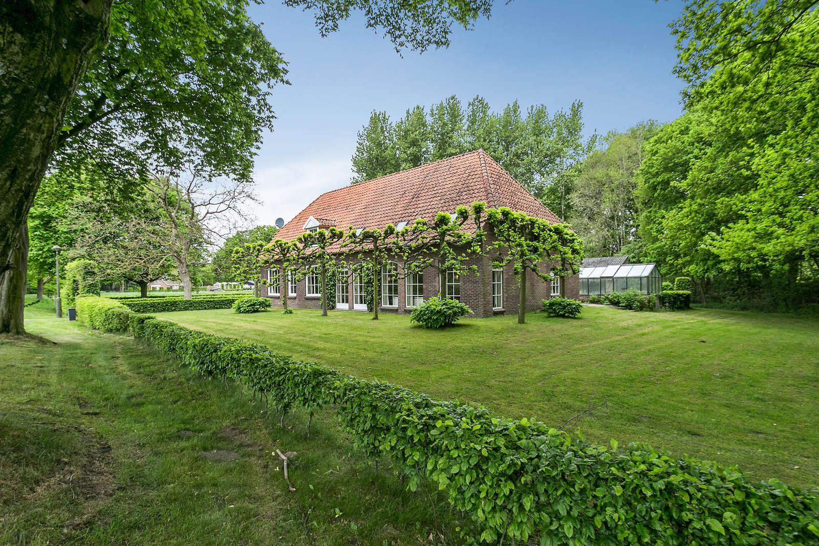 Sint-Michielsgestelseweg 7, Woonboerderij Vught