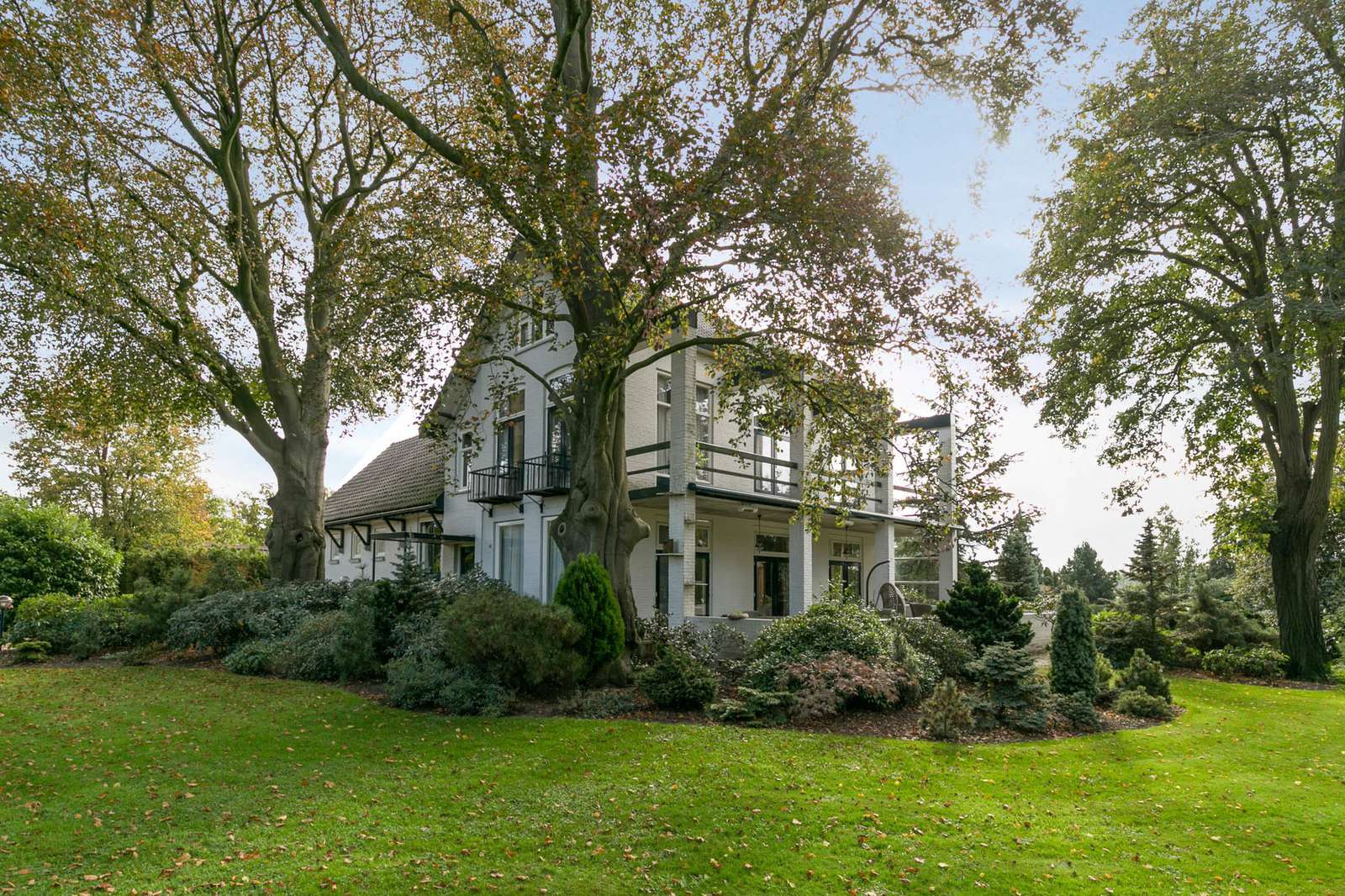 Theerestraat 111, villa Sint-Michielsgestel