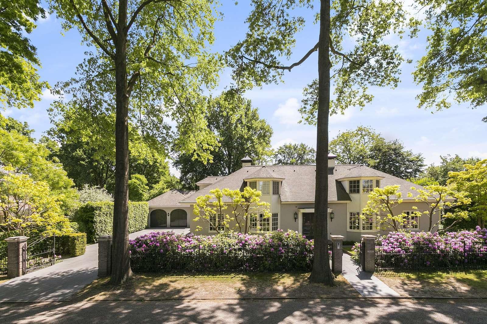 Diepenbrocklaan 21, villa Rosmalen